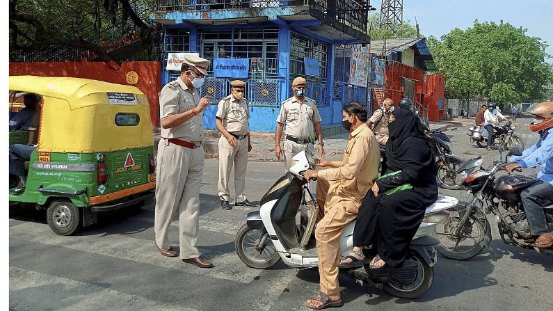 lockdown, covid-19, UP, Delhi, covid cases, yogi adityanath, noida, ghaziabad
